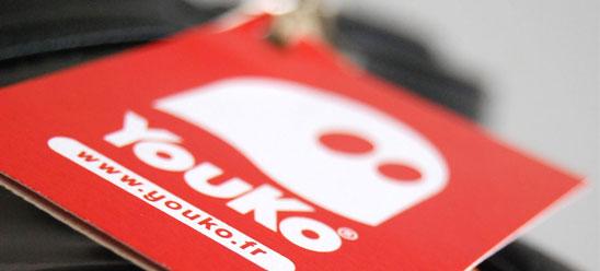 Des illustrations graphiques sur les sacoches en édition limitée Youko