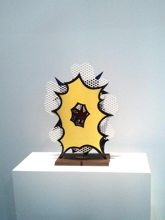 Sculpture sur le thème de l'explosion par Roy Lichtenstein