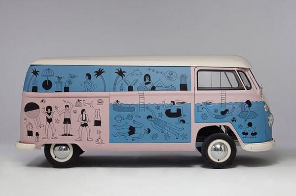 Création de Martina Paukova pour le van Pull&Bear