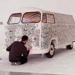 Le van peint par Shoboshobo pour Pull&Bear